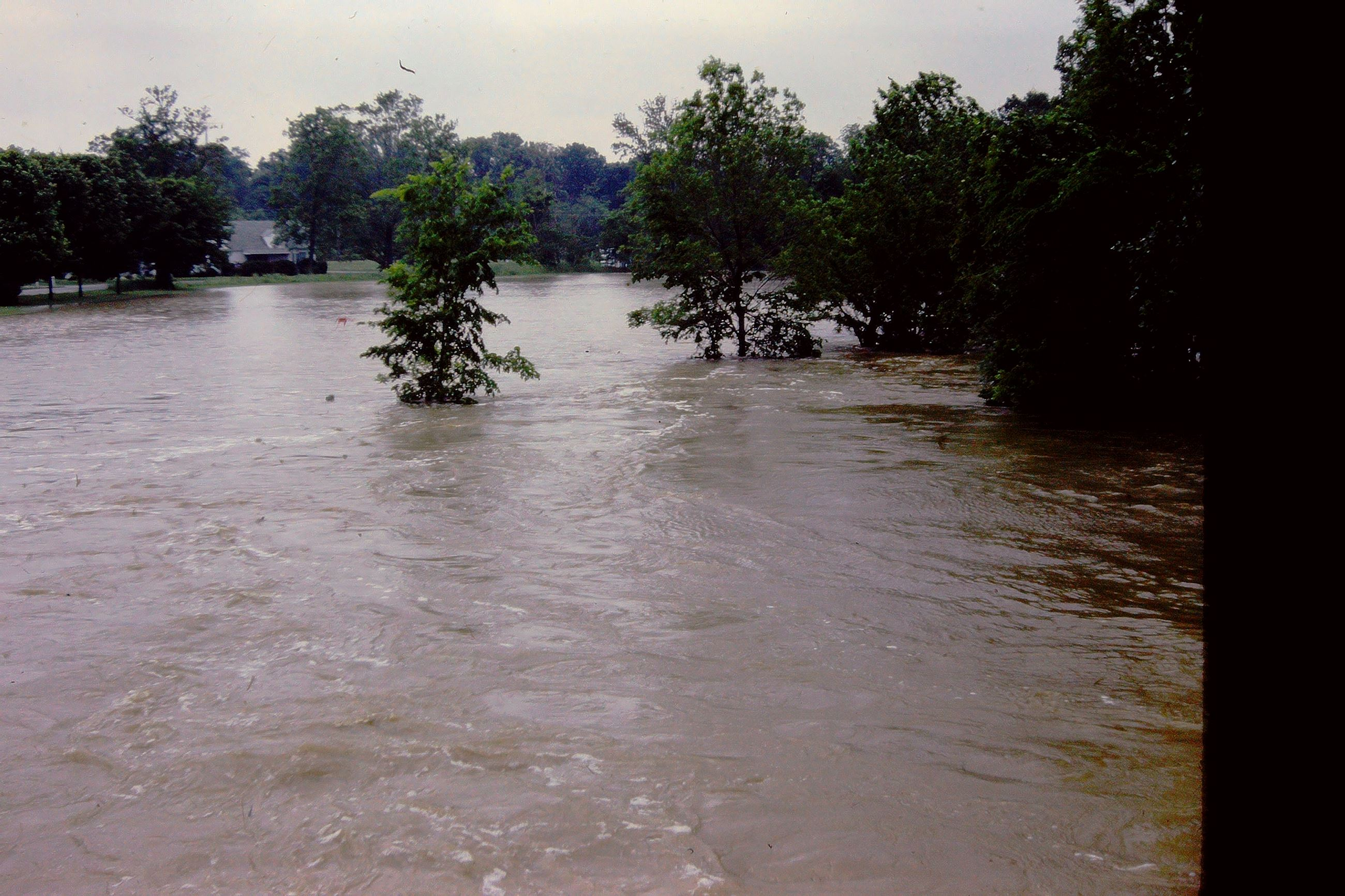 1980_flooding_Miami_river_Spillway_Washington